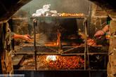 Вся еда готовится на углях естественным способом. Никаких ГМО и микроволн :)