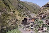 А это уже Муцо, дом у подножия горы, на которой стоит город.