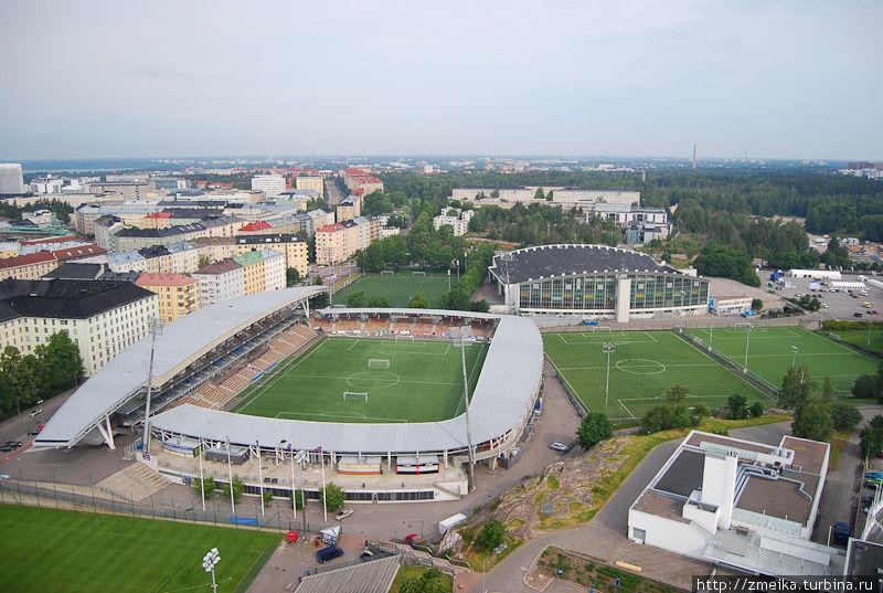 Территория спортивного комплекса