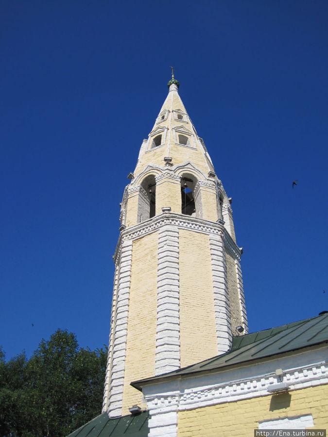 Колокольня Троицкой церкви