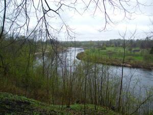 Вид на реку Ловать. Наши войска наступали с низкого берега — невыгодная позиция