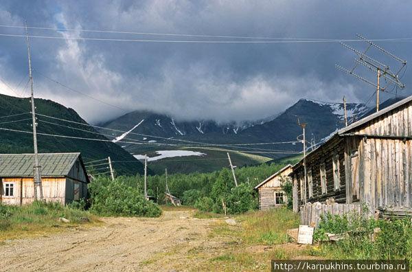 Посёлок Неройка в летнем варианте. Снимок 2002-го года. Тогда здесь никто не жил.