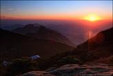11. Солнце скатывалось за горизонт со стороны каньона