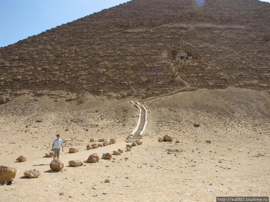 Вход в Красную пирамиду (