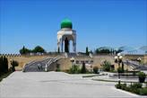 Кува, памятник великому узбекскому учёному IX века Ахмаду аль-Фергани