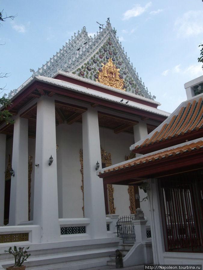 Собор Святого Пророка, Ват Бовон Нивет Вихан (Wat Bowonniwet Vihara), Бангкок, Таиланд