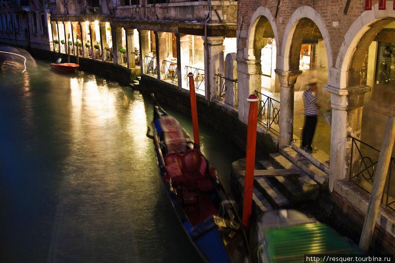 Ночная Венеция, ресторанч