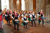Большие костюмированные представления проводятся в историческом центре Пармы начиная с 1978 года. Впервые об этом празднике упоминалось в 1314 году в день помолвки властителя Пармы с Магдаленой Росси.