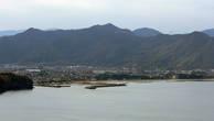 Вид на Хаги с вершины Касаямы (миниатюрный потухший вулкан)