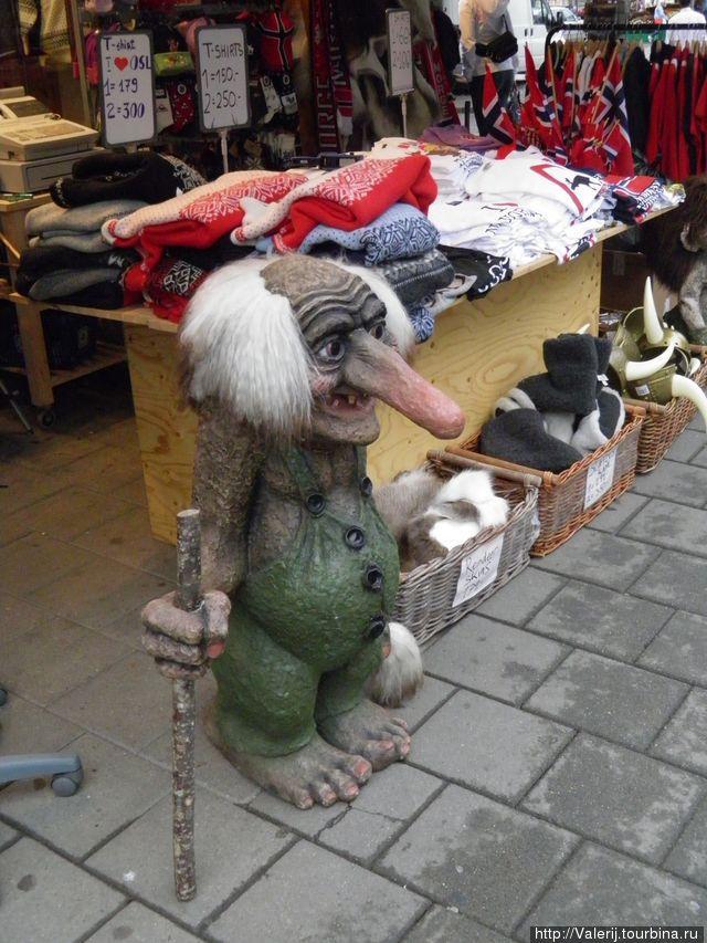 Тролль — неизменный персонаж сувенирных лавок.