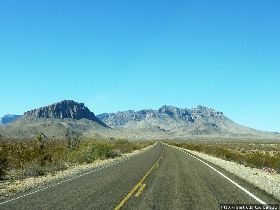 Уезжаем к каньону Бокьюллас, дорога идет вниз...