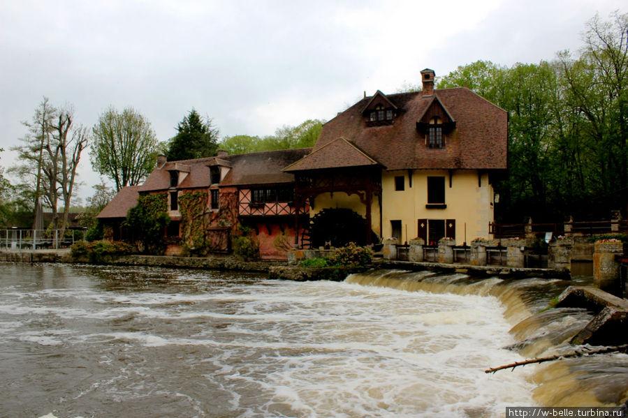 Мельница — ресторан Fourges.