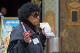 Так же, как и в Лас Вегасе, повсюду снуют агенты туристических фирм, раздающие буклеты своих туров.
