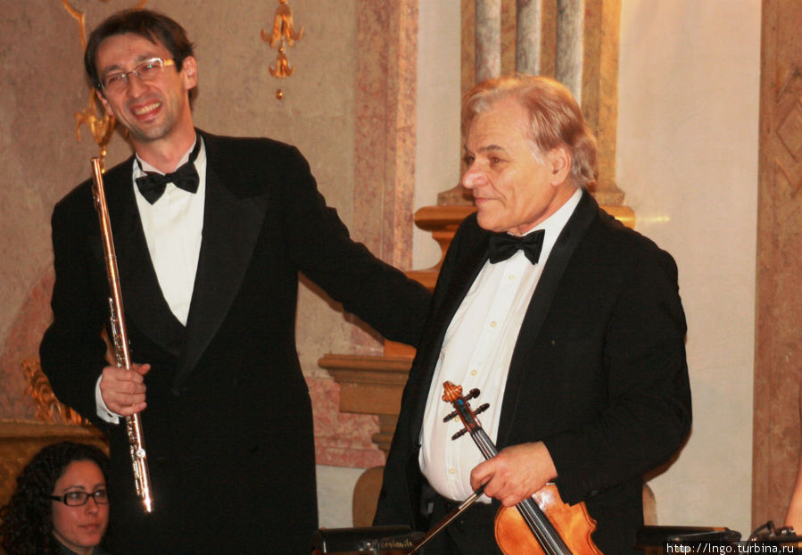 Луц Лесковитц (скрипка Австрия) и Серджио Зампетти (флейта Италия)