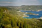 Палеокастрица — одно из самых красивых мест на острове
