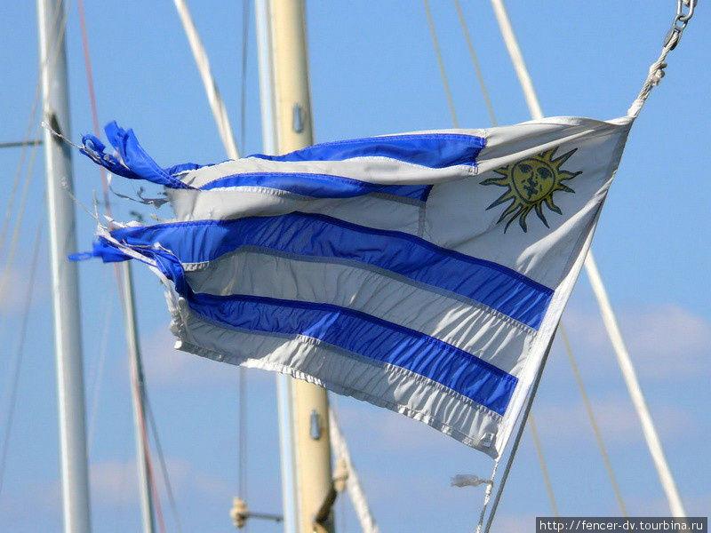 Почти летний город у моря Монтевидео, Уругвай