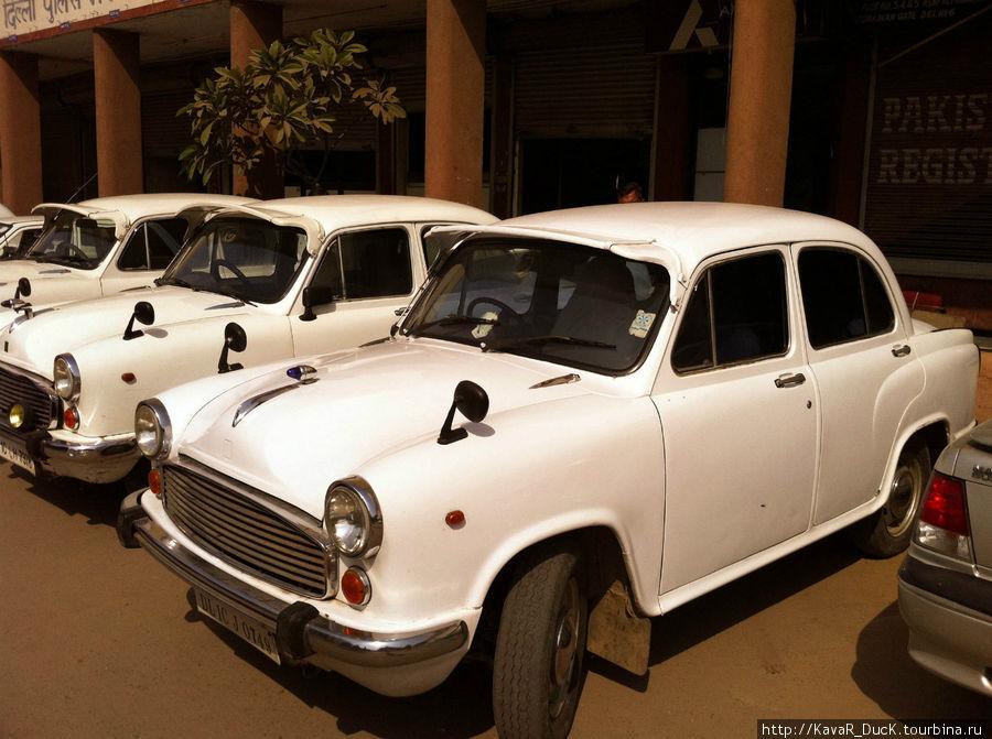 Ретро авто в Нью-Дели
