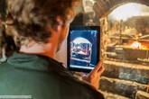Все больше и больше туристов предпочитают современные достижения,например,Ipad , традиционным фото и видео камерам.