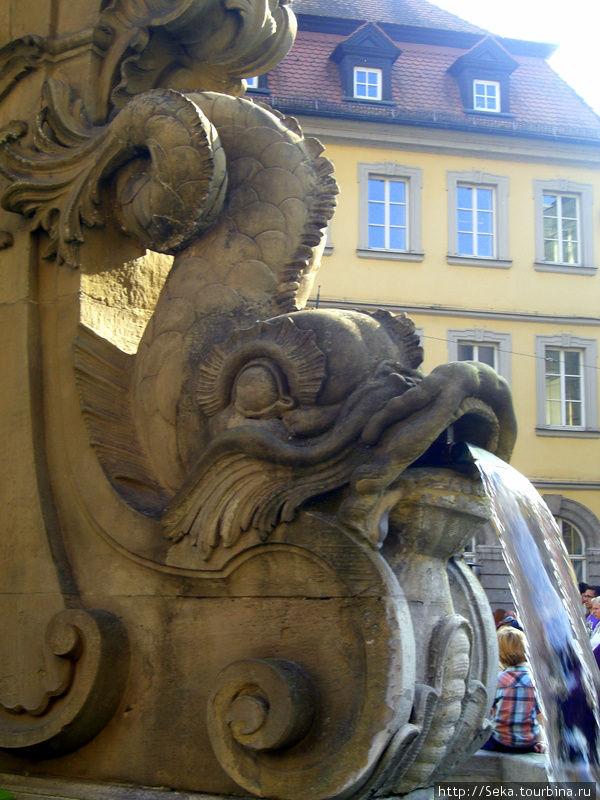 Фрагмент фонтана у Ратуши
