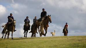 Для казаха лошадь всегда была не только средством передвижения, мерилом богатства и одним из источников пищи. Лошадь –  один из самых важных элементов мироощущения и жизненной философии кочевника.