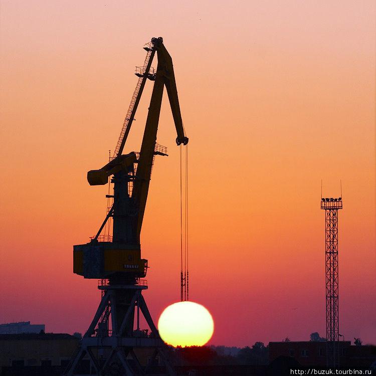 Рассвет в Вентспилсе Вентспилс, Латвия