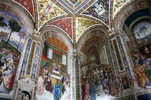 Цикл фресок о жизни и деяниях Энеа Сильвио Пикколомини, папы Пия II, в библиотеке Сиенского собора