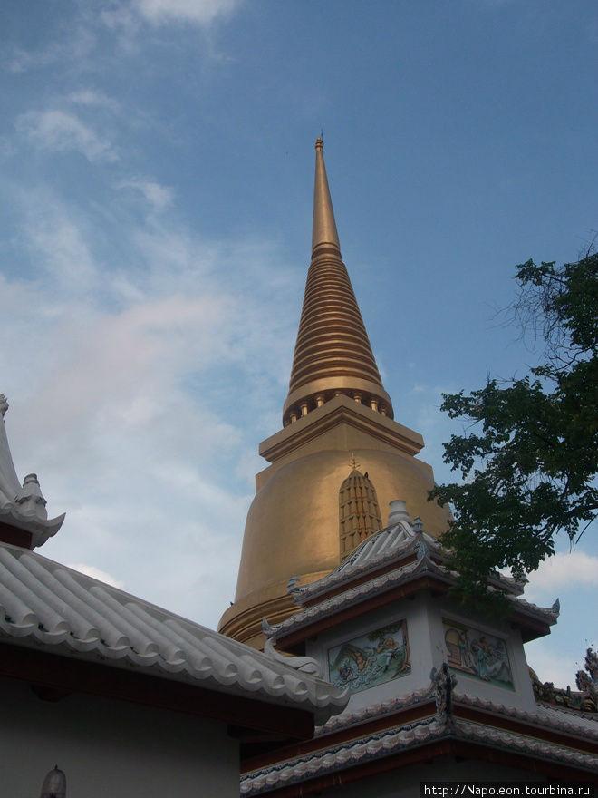Ступа Ват Бовон Нивет Вихан (Wat Bowonniwet Vihara), Бангкок, Таиланд