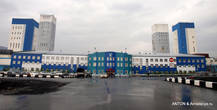 Так выглядит здание правления целиком.