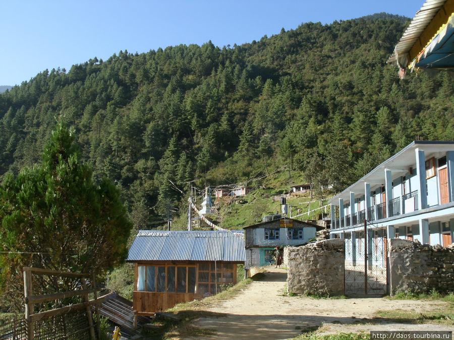 Вверх вдоль деревни
