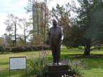 Памятник Мартину Лютеру Кингу- борцу за права чернокожих