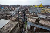 А вот и сам Пешавар! Он похож на обычный восточный город — грязный, шумный, тесный.
