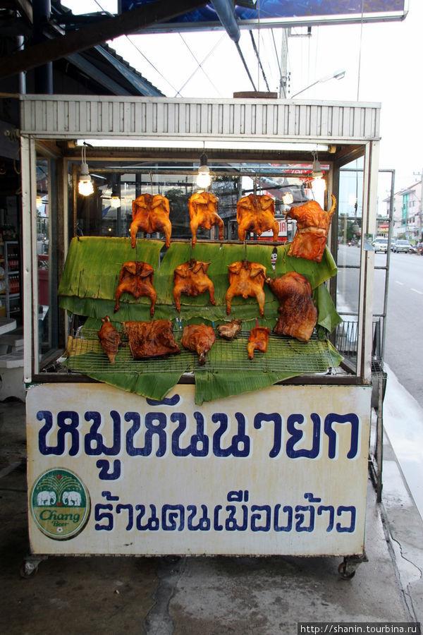 Улица жареных кур Ча-ам, Таиланд
