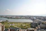 Здесь видно озеро Нижний Кабан, а на горизонте — это Волга.