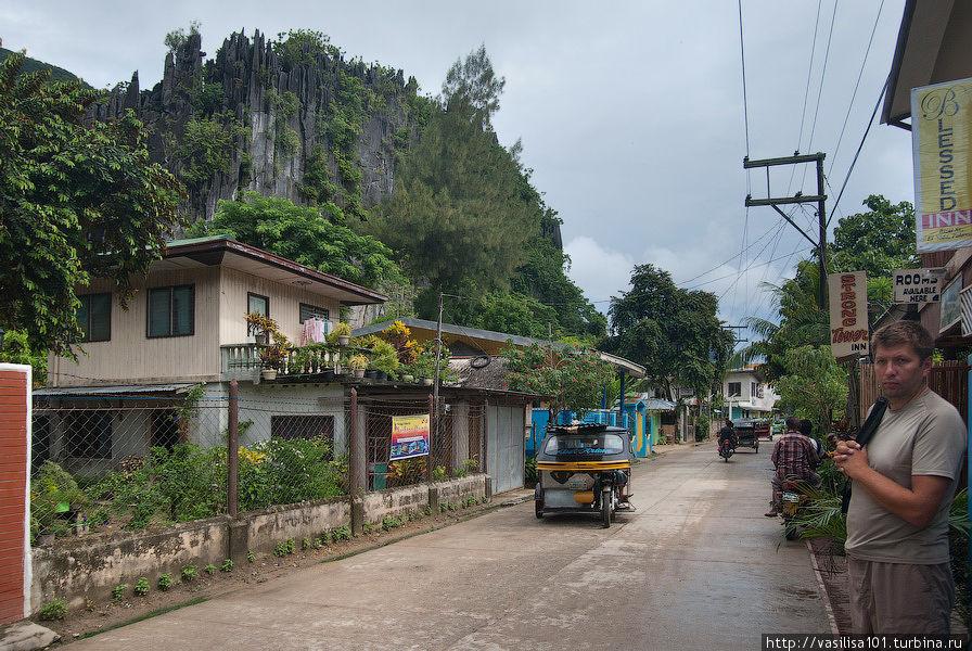 Rizal Street, по направлению к пляжу Эль Нидо