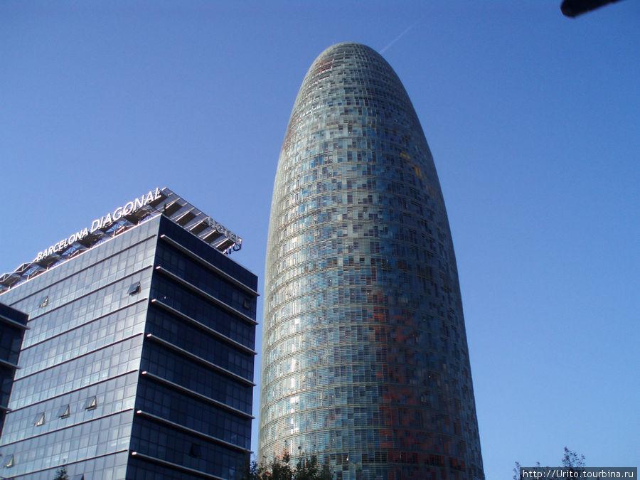 Водоканал Барселоны — башня Акбар