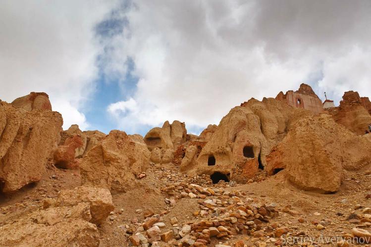 Развалины пещерного город