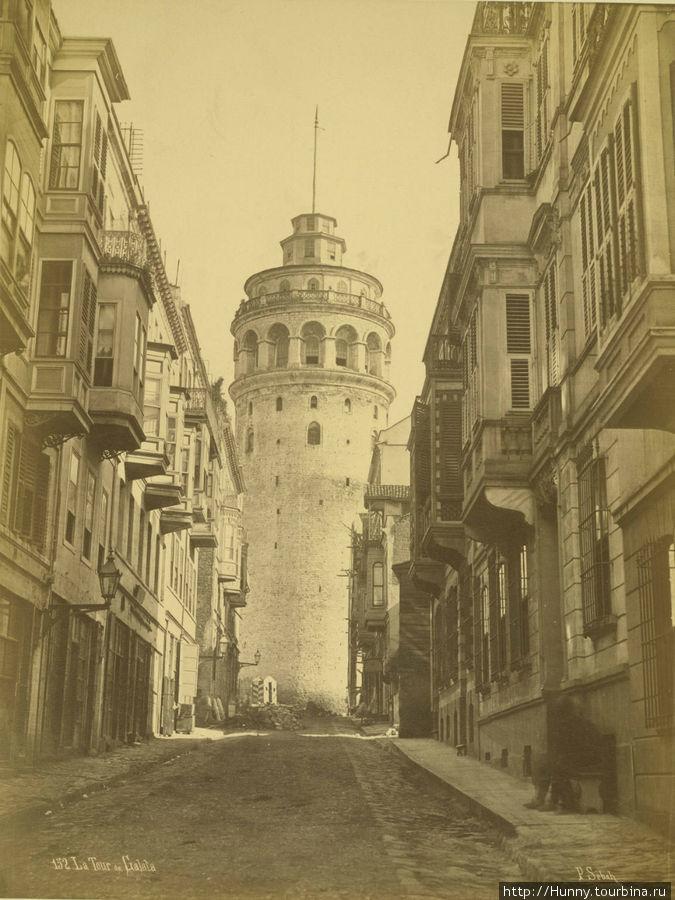 Галатская башня до реконструкции.  Photographer J. Pascal Sébah (Turkish, active 1860-1880)