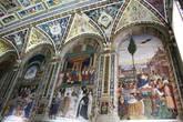 Справа фреска — Папа Пий II прибывает в Анкону.