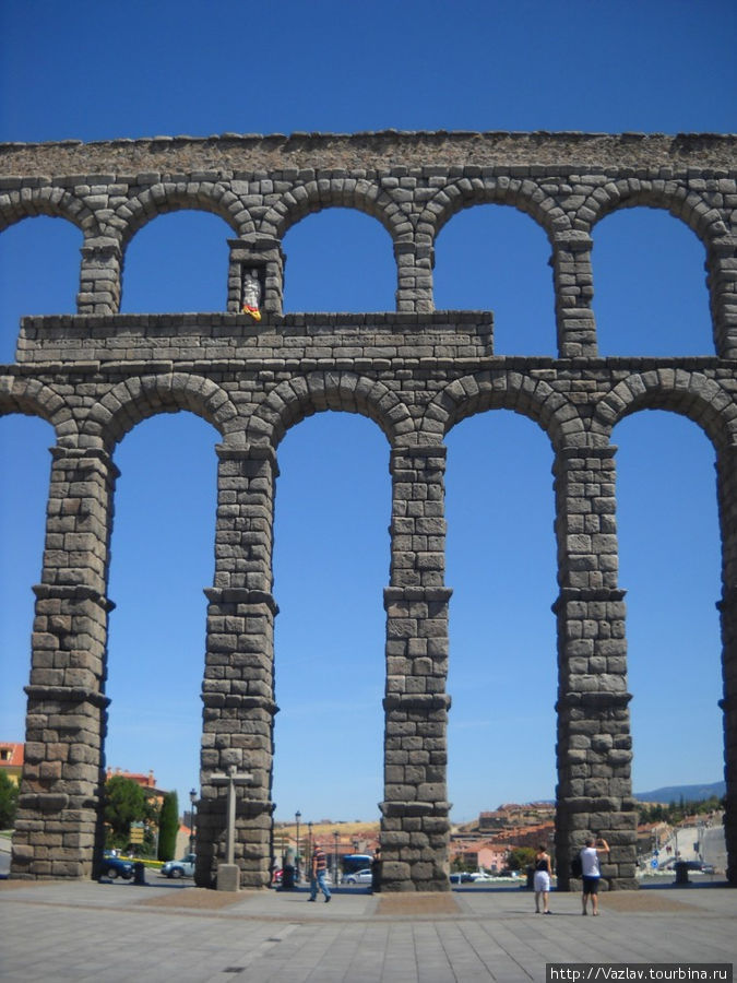 Акведук во всей красе