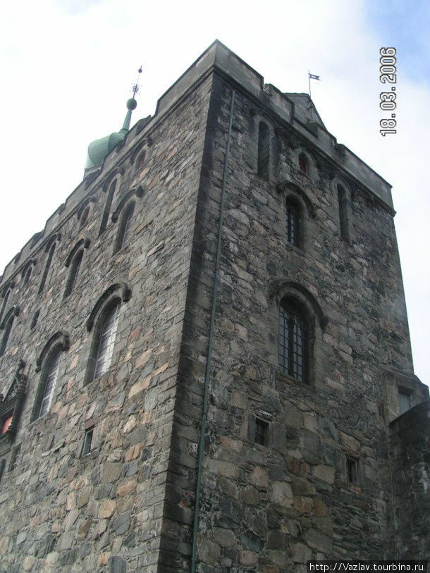 Здание башни