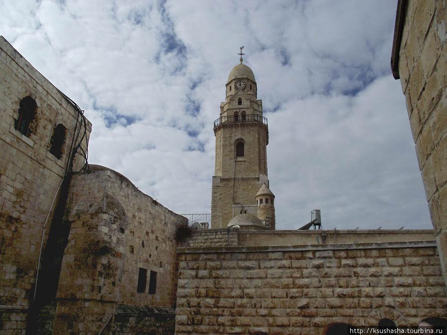 Колокольня церкви Св.Петр