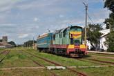 Пригородный поезд Голованевск — Помошная. Обожаю такие поезда: старый тепловоз и одинокий вагон.