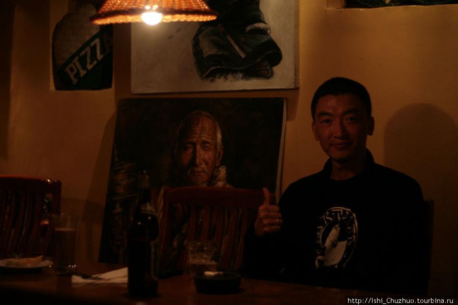 в ресторане Галамэйдо (Лхаса, Тибет) красиво и вкусно, любим приходить сюда почти каждую неделю