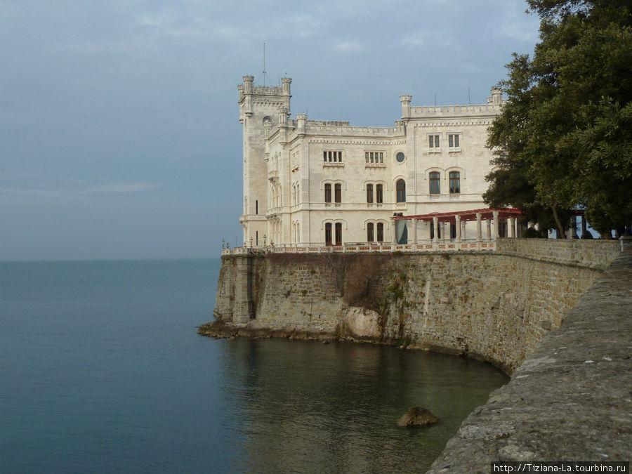 Кастель Мирамаре.Великолепный замок и парк.