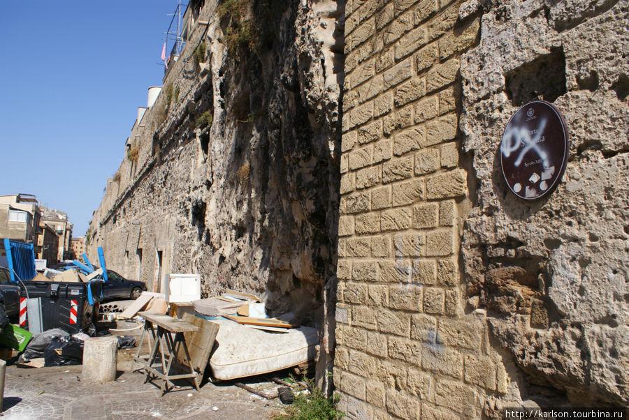вот так может выглядеть стена 12 века...