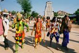 Индийские боги ожили! К празднику местные жители нарядились как боги из сказаний.