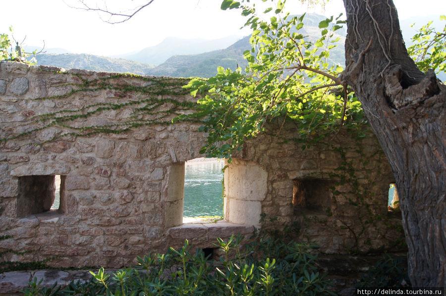 Крепостные стены, вид изнутри
