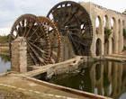 Главная достопримечательность Хамы- водяные колёса нории