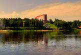 Гостиничный комплекс «Припять» расположен в живописном уголке древнего полесского города Мозыря. Гостиница находится в центре города, на правом берегу реки Припять. Размещаясь на возвышенности, гостиница открывает своим гостям живописные виды местности.