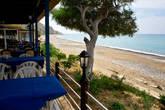 Курорт на побережье.